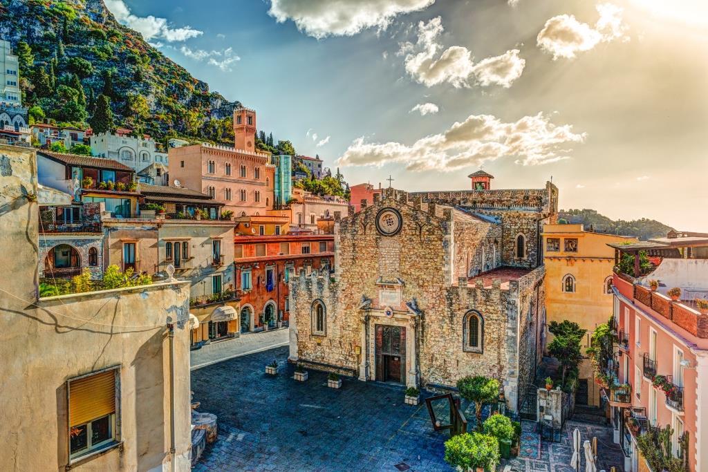 Tours - Sicily